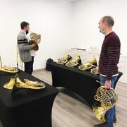 ¡Trompas Dürk! ¡No se han hecho esperar! Ayer recibimos una maravillosa visita en NEOmúsica. Honorio Muñoz, trompa solista de la Banda Municipal de Valencia. Y Donís Aleixandre, trompa solista de la Banda Municipal de Bilbao. ¡Gracias por vuestra visita, ha sido un placer! #neomusica#trompas#trompistas#horn#horns#frenchorn#dürkhorns#hornlife#music#musica#musicos#tiendainstrumentosmusicales#tiendamusicavalencia#buñol
