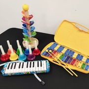 ¡Profes! En NEOmúsica te ayudamos a preparar el tercer trimestre. Encontrarás carrillón, melódica, campanas diatónicas, árbol musical, flautas..un sinfín de instrumentos que harán tu clase más divertida 🎶 www.neomusica.es #neomusica#musicaenprimaria#musicaenelcole#instrumentosdepequeñapercusion#instrumentosmusicalesinfantiles#intrumentosmusicales#profesdemusica#profesdemusicaprimaria#tiendainstrumentosvalencia#tiendaintrumentosmusicales#tiendamusicavalencia#buñol